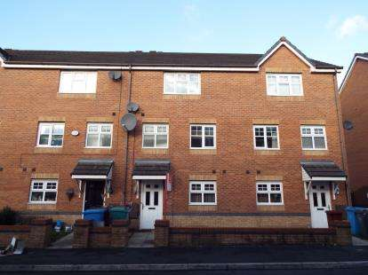 4 Bedrooms Terraced House for sale in Lowbrook Avenue, Manchester, Greater Manchester