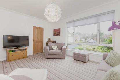 3 Bedrooms Detached House for sale in Kilnford Drive, Dundonald
