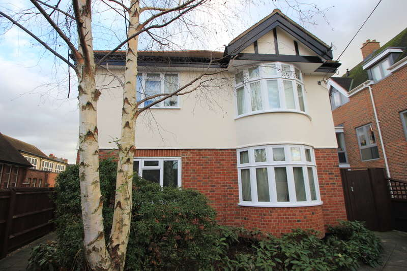 Flat for sale in Balaclava Road, Surbiton