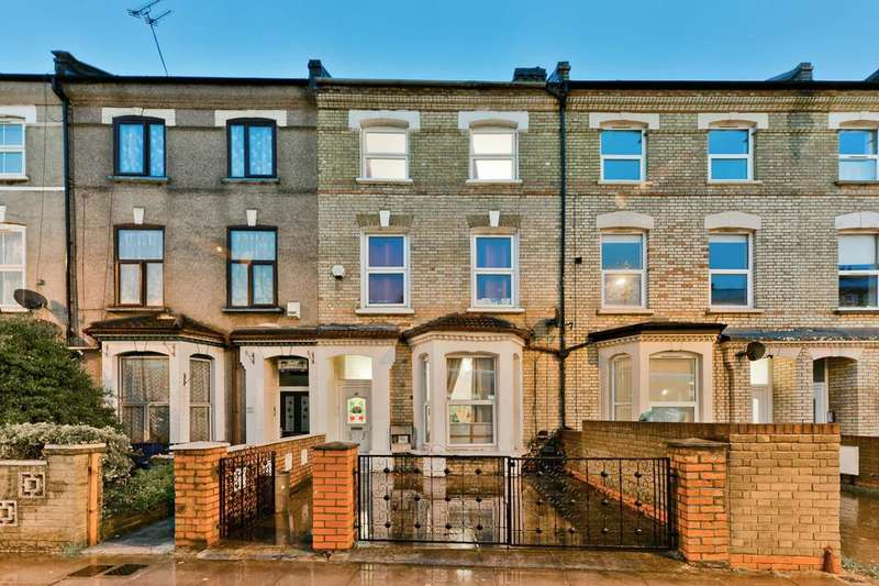 5 Bedrooms Terraced House for sale in Blackstock Road, London N4