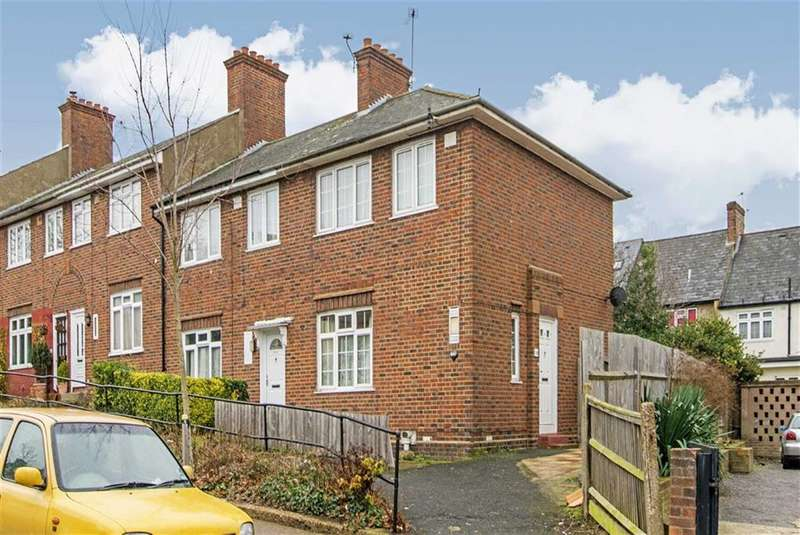 3 Bedrooms Property for sale in Nimrod Road, London