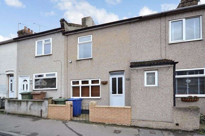 2 Bedrooms Terraced House for sale in Gipsy Lane, Grays