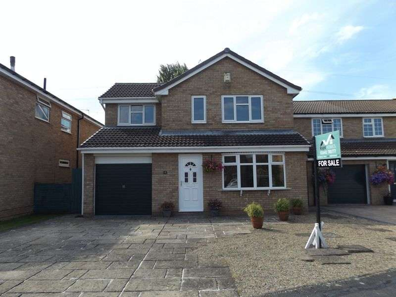 4 Bedrooms Detached House for sale in Tindale Close, Yarm