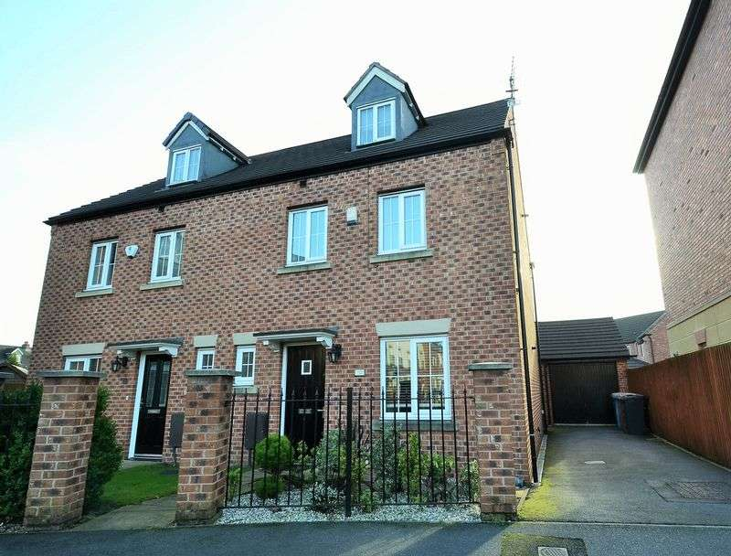 4 Bedrooms House for sale in Wet Earth Green, Swinton