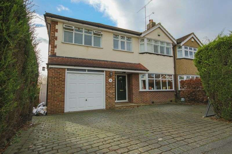 5 Bedrooms Semi Detached House for sale in Baldocks Road, Theydon Bois, Epping CM16 7EB