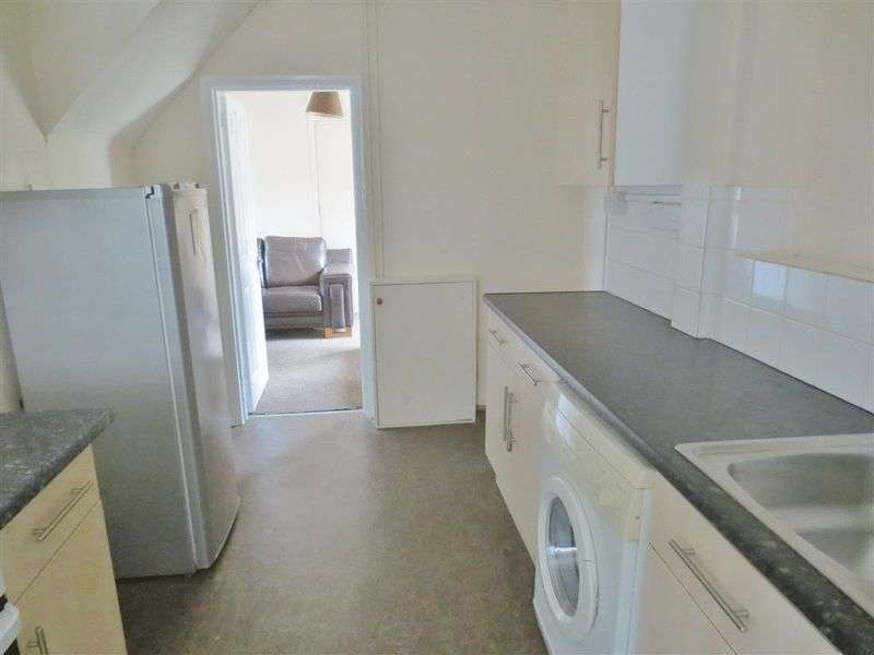 6 Bedrooms House for rent in Hillside, Brighton