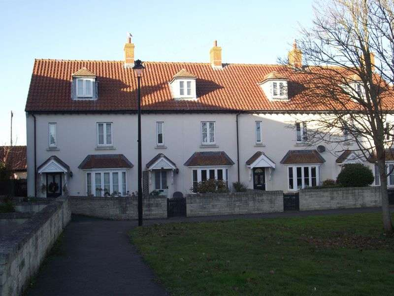 3 Bedrooms Terraced House for sale in Vines Place, Weymouth