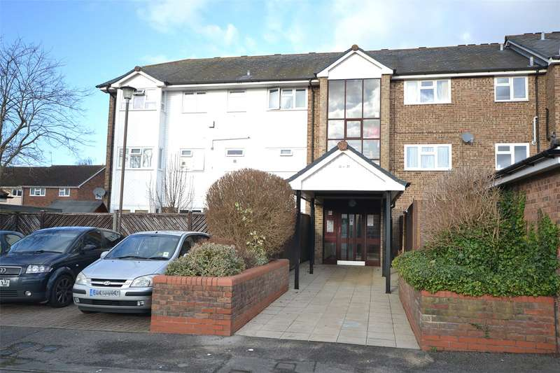 1 Bedroom Apartment Flat for sale in Muirfield House, St. Andrews, Bracknell, Berkshire, RG12