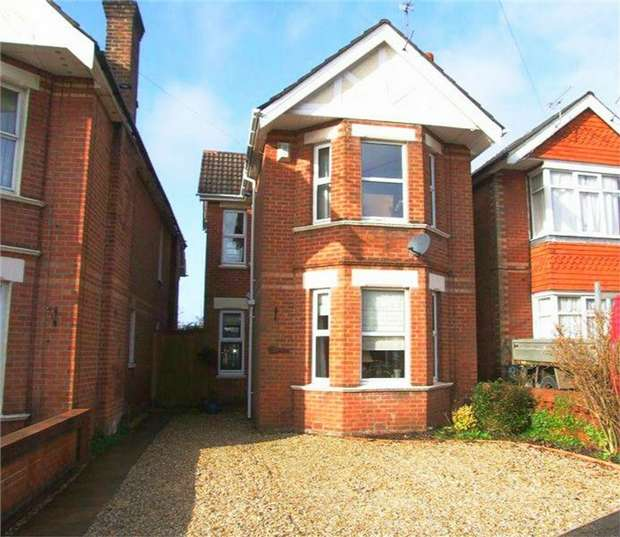 3 Bedrooms Detached House for sale in Lower Parkstone, Poole, Dorset