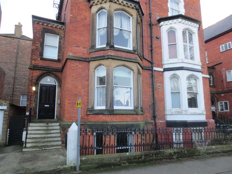 2 Bedrooms Apartment Flat for sale in St Martin's Square, Scarborough