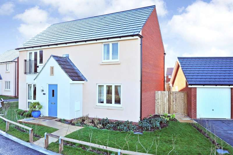 4 Bedrooms Detached House for sale in Cranbrook, Exeter