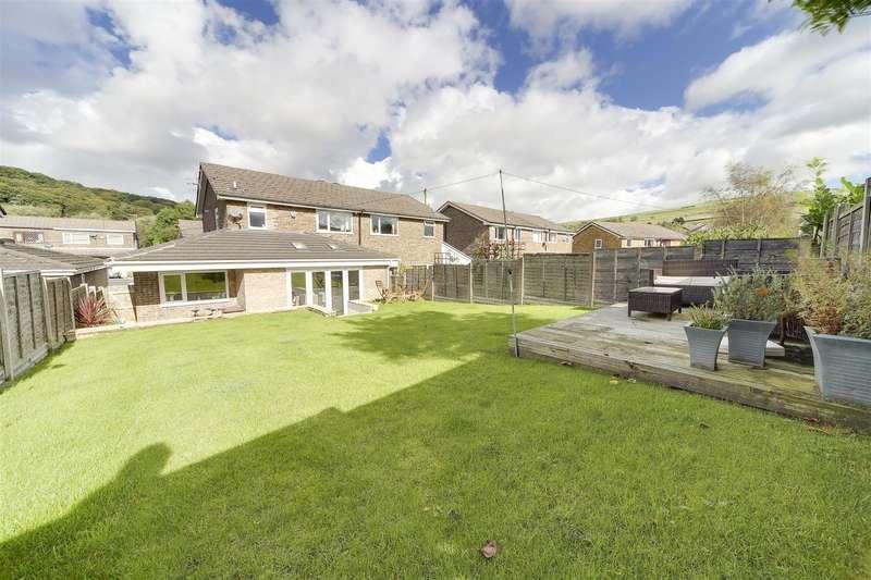 3 Bedrooms Property for sale in Woodcroft Avenue, Reedsholme, Rossendale
