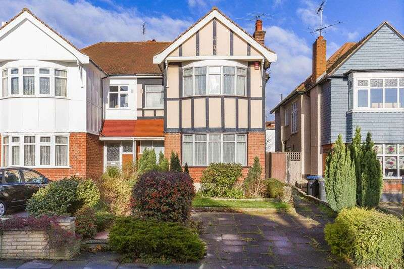 4 Bedrooms Semi Detached House for sale in Fox Lane, Palmers Green