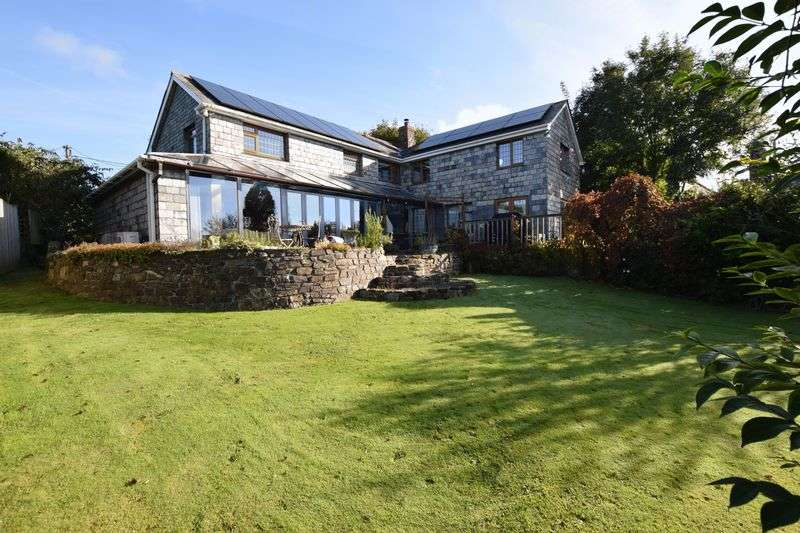 5 Bedrooms Detached House for sale in Trebullett, Launceston