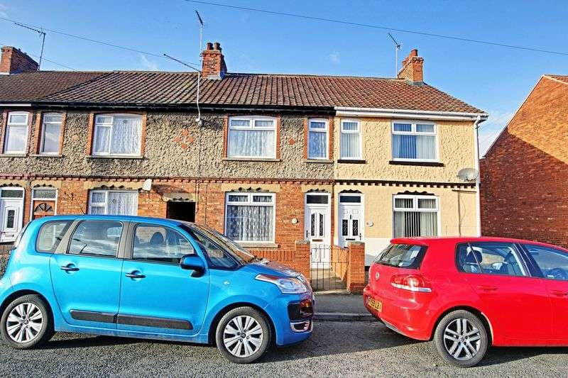 3 Bedrooms Terraced House for sale in Castledyke West, Barton-Upon-Humber