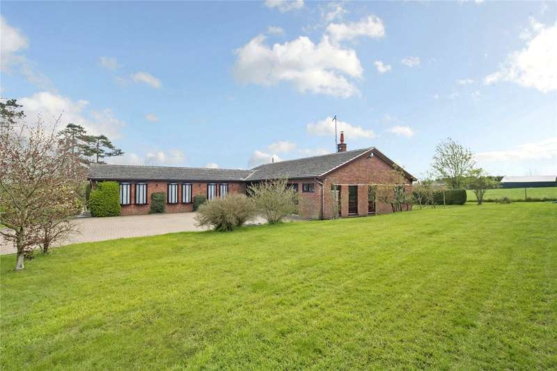 4 Bedrooms Detached Bungalow for sale in Court Hill, Rous Lench, Evesham, Worcestershire, WR11