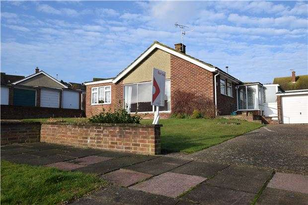 2 Bedrooms Bungalow for sale in Pococks Road, EASTBOURNE, BN21 2RR