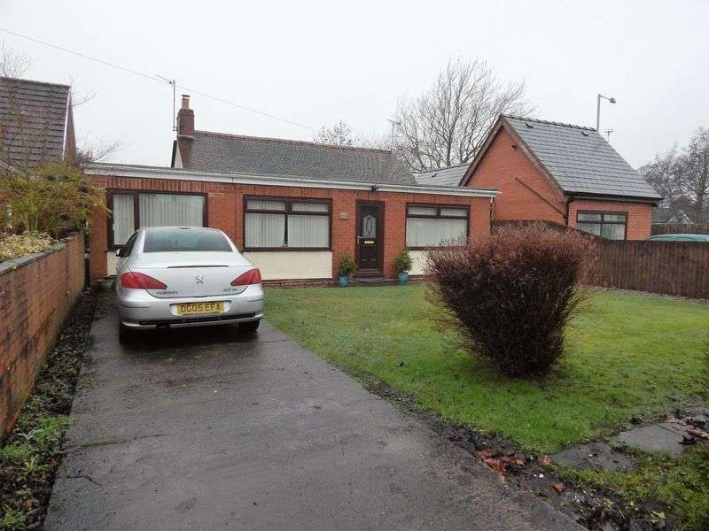 4 Bedrooms Detached Bungalow for sale in Studholme Crescent, Penwortham, Preston