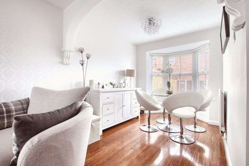 3 Bedrooms Semi Detached House for sale in Garmon Close, Ingleby Barwick