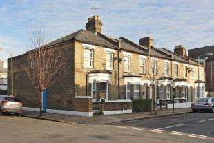 3 Bedrooms End Of Terrace House for sale in Heaver Road, London
