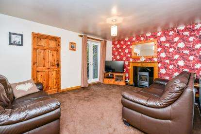 3 Bedrooms Terraced House for sale in Grosvenor Court, Carnforth, Lancashire, LA5