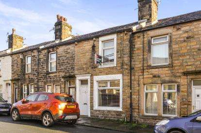 2 Bedrooms Terraced House for sale in Alexandra Road, Lancaster, Lancashire, LA1