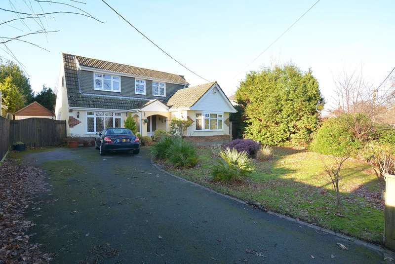 3 Bedrooms Detached Bungalow for sale in Dudsbury Road, West Parley, Ferndown