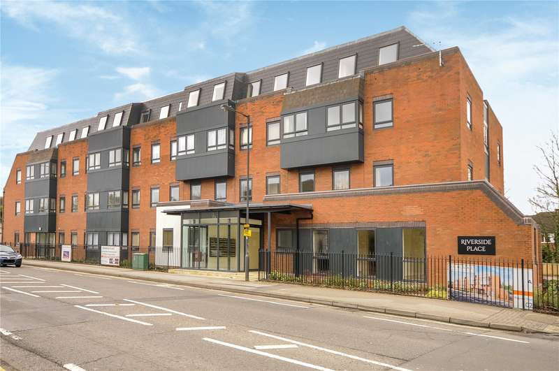1 Bedroom Apartment Flat for sale in Riverside Place, Marsh Road, Pinner, Middlesex, HA5