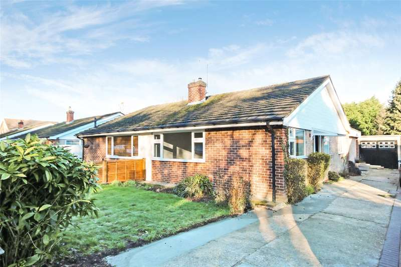 3 Bedrooms Semi Detached Bungalow for sale in Sandy Road, Addlestone, Surrey, KT15