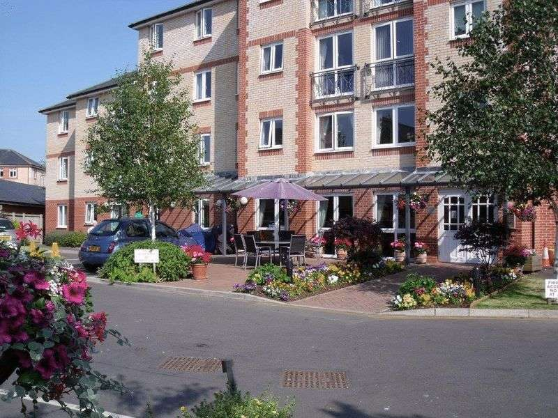 1 Bedroom Retirement Property for sale in Port Mill Court, Barnstaple, EX31 1GW