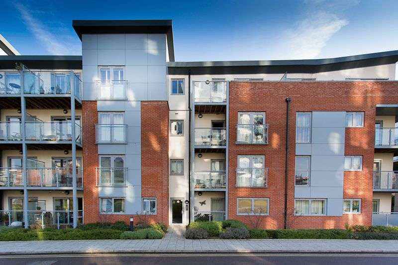 2 Bedrooms Flat for sale in Barcino House, Charrington Place St Albans