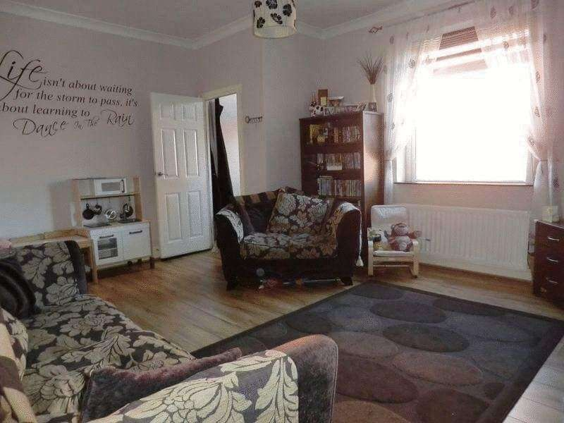 3 Bedrooms Terraced House for sale in George Street, Blyth