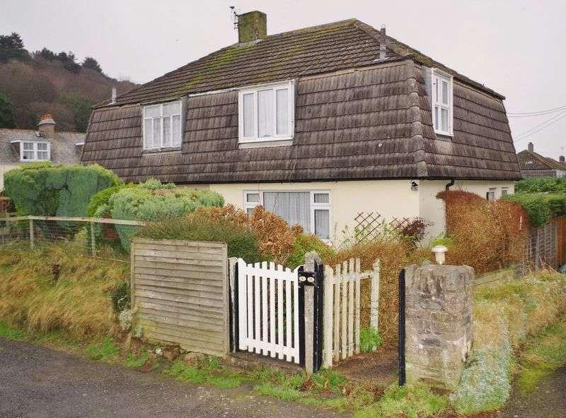 Property for sale in Rock Avenue, Lynton