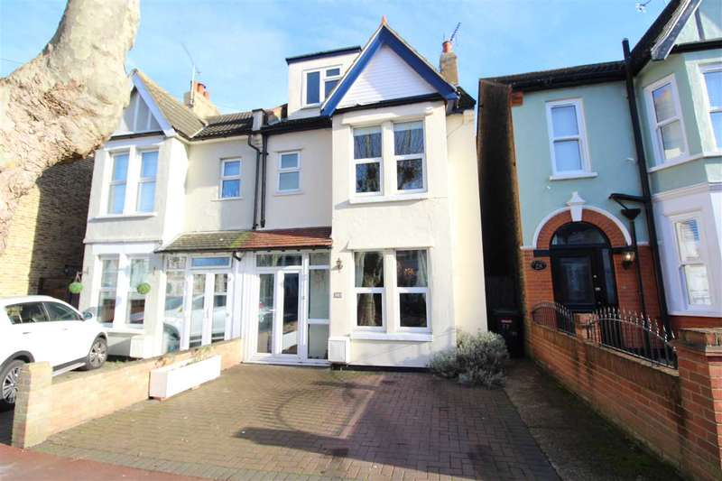 5 Bedrooms Semi Detached House for sale in Leigh on Sea