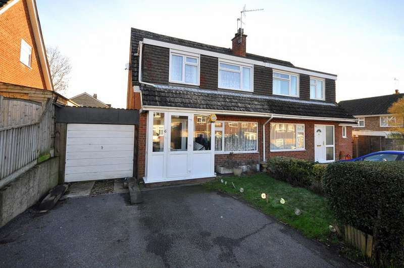 3 Bedrooms Semi Detached House for sale in Poulner, Ringwood, BH24 1UJ