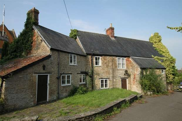 8 Bedrooms Detached House for sale in The Wool Hall, 15 Castle Corner, Beckington, Somerset