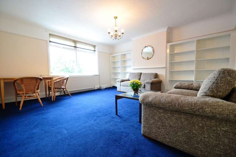 2 Bedrooms Flat for sale in Branksome