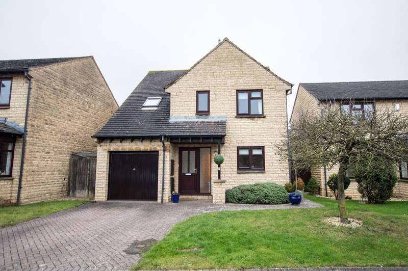 4 Bedrooms Detached House for sale in The Rowans, Woodmancote, Cheltenham, GL52 9RL