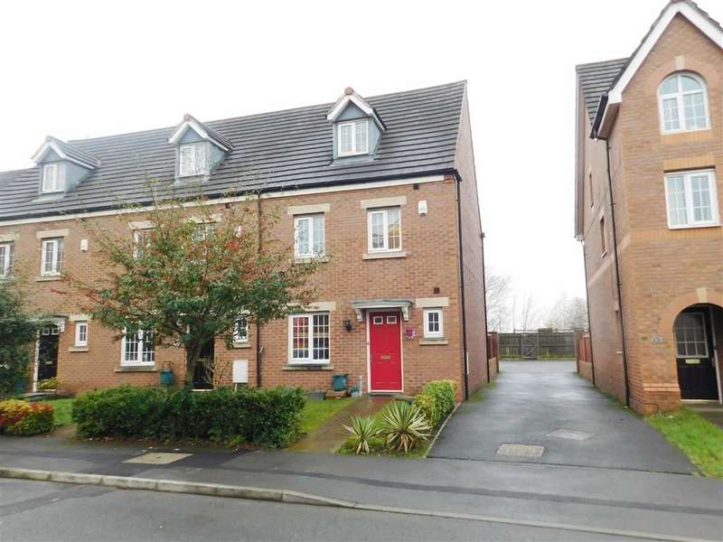 4 Bedrooms Town House for sale in Kennett Drive, Bredbury, Stockport