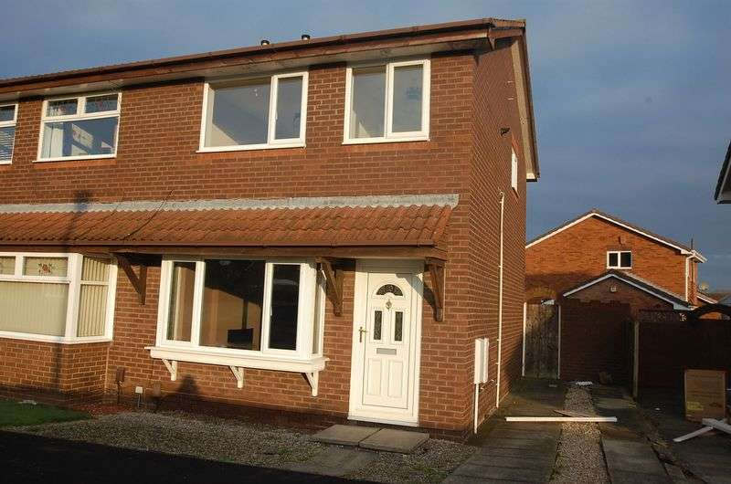 3 Bedrooms Semi Detached House for sale in Otter Way, Ingleby Barwick, Stockton-On-Tees