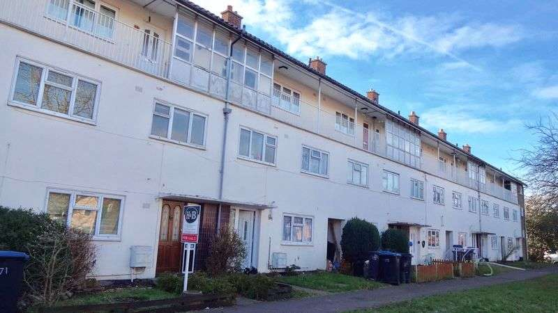 3 Bedrooms House for sale in Halling Hill, Harlow, Essex