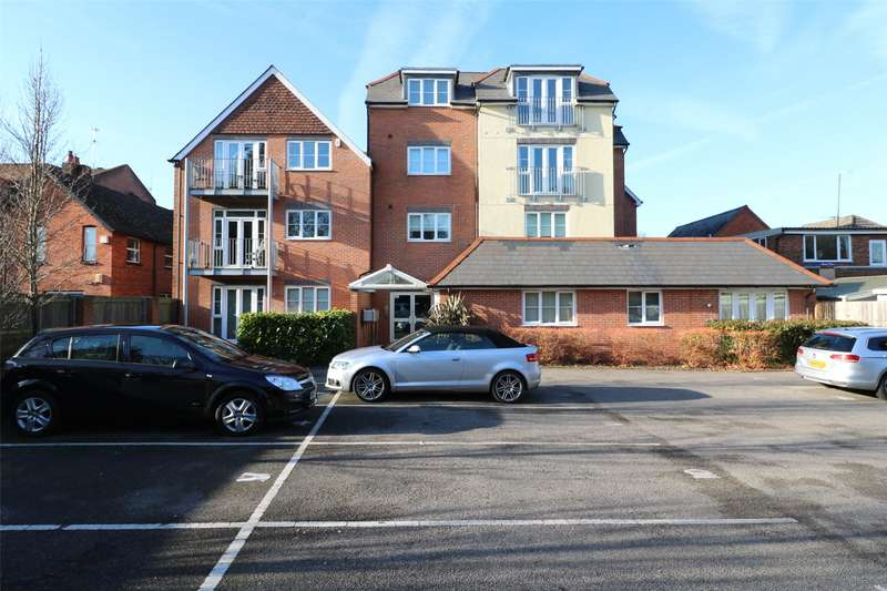 1 Bedroom Apartment Flat for sale in Alpha House, Napier Road, Crowthorne, Berkshire, RG45
