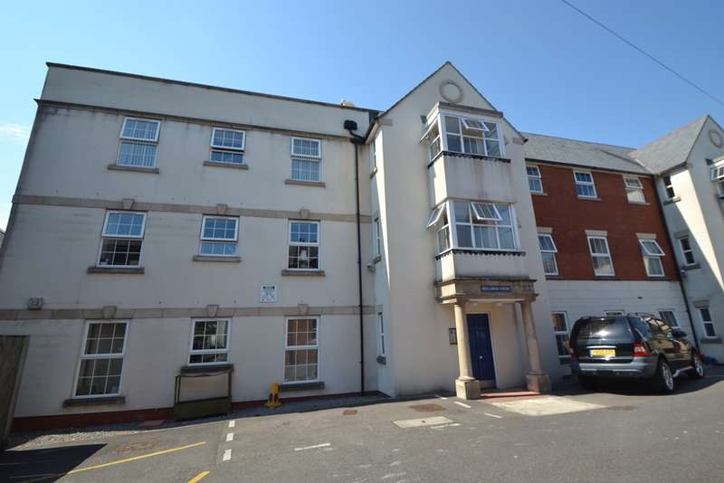 2 Bedrooms Flat for sale in Axminster