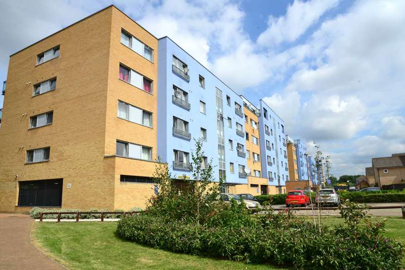 1 Bedroom Apartment Flat for sale in Warrior Close, London, SE28 0NL