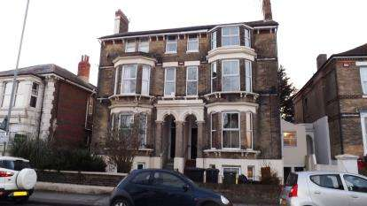 1 Bedroom Flat for sale in Southsea, Hampshire, United Kingdom