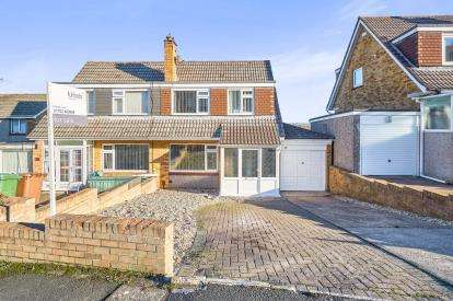 3 Bedrooms Semi Detached House for sale in Hooe, Plymouth, Devon