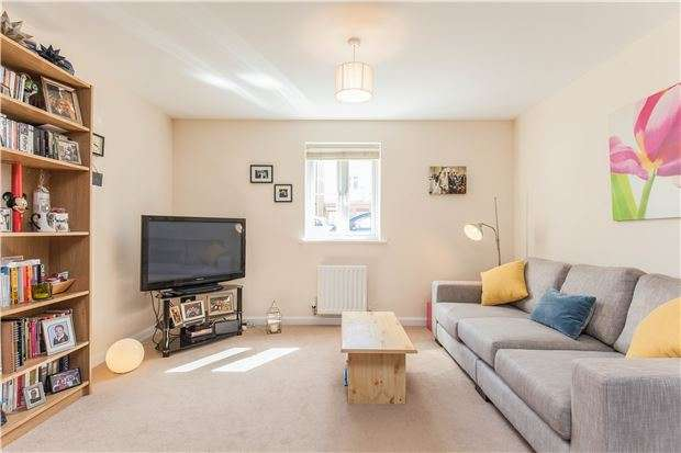 2 Bedrooms Flat for sale in Dorian Road, Horfield, Bristol, BS7 0XW