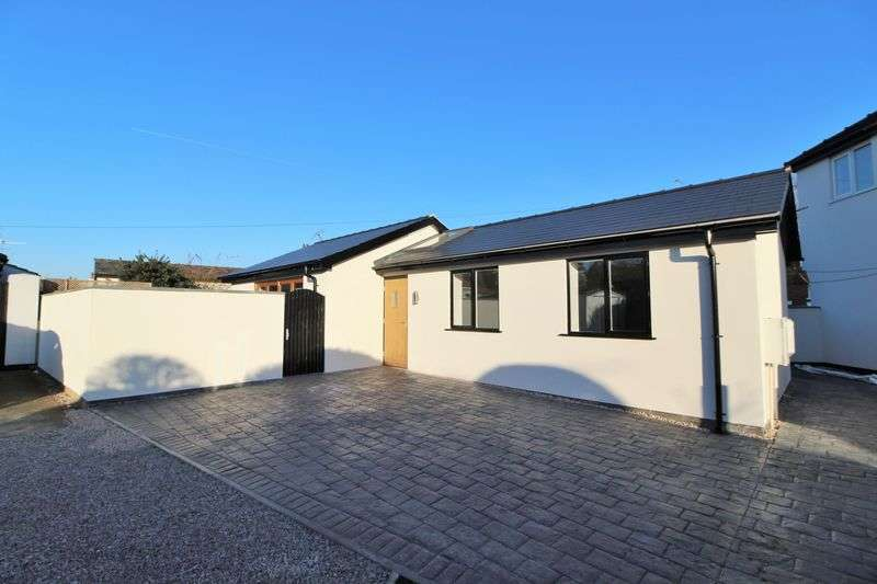 2 Bedrooms Detached Bungalow for sale in Botanic Road, Churchtown, Southport