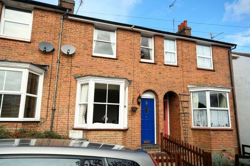 2 Bedrooms House for sale in Wesley Road, Markyate.