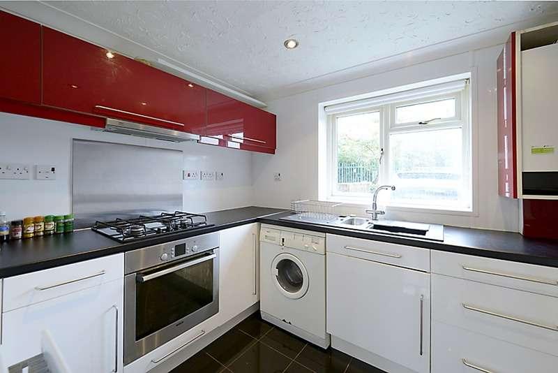 1 Bedroom Flat for sale in Dunstans Drive, Wokingham, Berkshire, RG41